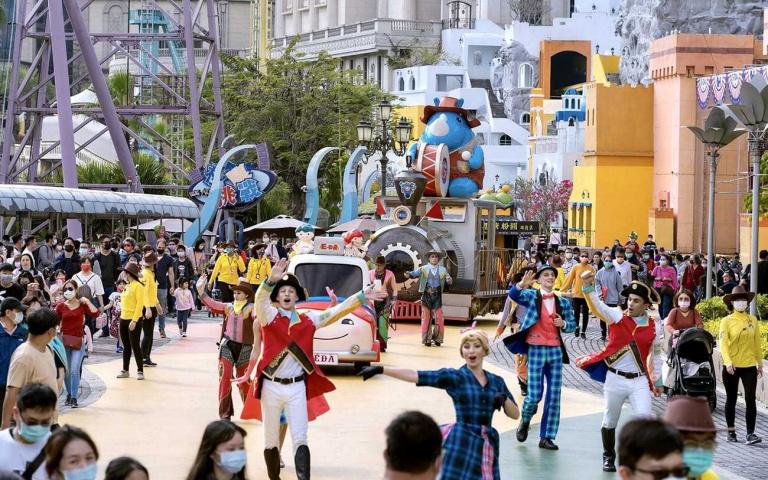 只有三天「門票現省910元」!知名遊樂園祭出超狂優惠打到骨折 「雙人888元」比買一送一還便宜!