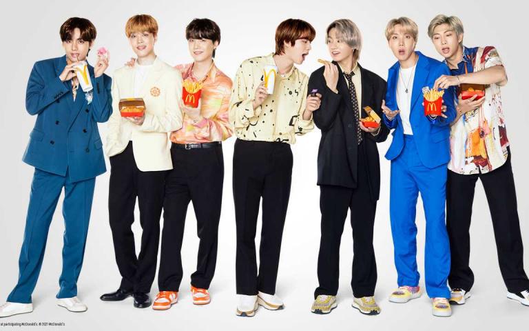 只賣21天!麥當勞引進「BTS套餐」,10塊麥克雞塊+韓國甜辣醬吃法超韓系,迷妹快衝啊!