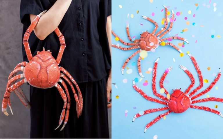 終極獵奇商品登場!日本YOU+MORE!推「螃蟹包」,脫殼還能當「枕頭」使用!