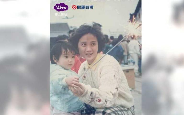 梁舒涵媽媽摘兩金鐘完勝 甜告白:我的女神!