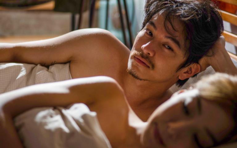 楊銘威為戲全裸搞怪 「怕失去爸爸威嚴」:千萬不能給Mia看!