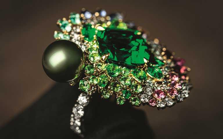 繽紛幻術華麗變奏曲!迪奧2020全新「Tie & Dior系列」高級珠寶 大玩紮染藝術創意維度