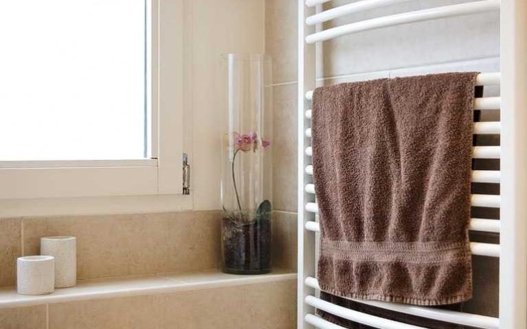 一週沒洗的毛巾與排水溝差不多髒!徹底深層清潔毛巾的3個方法