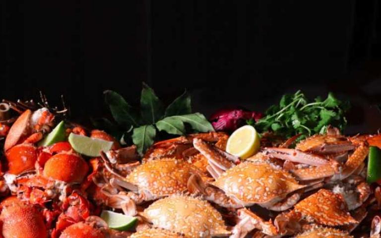 把握最後品蟹好機會!超過20道螃蟹料理隨你吃 老饕們快出動