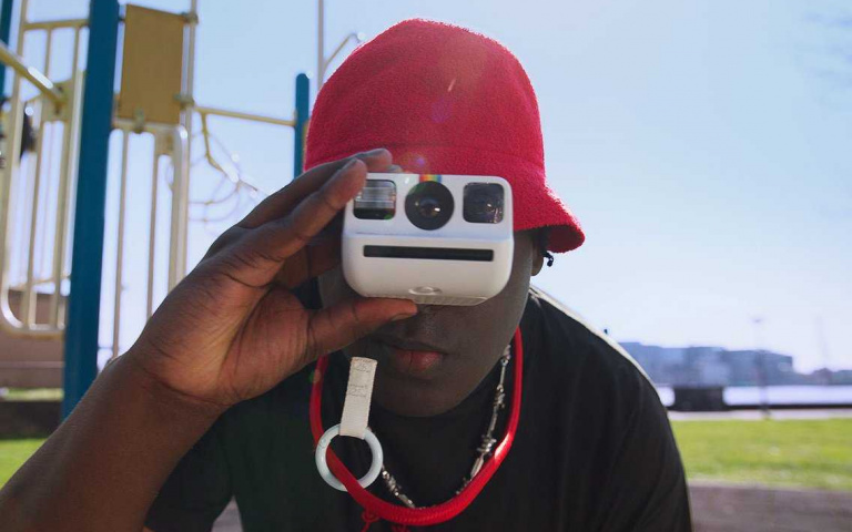 全球最小拍立得誕生!Polaroid Go輕鬆放進口袋,雙重曝光、定時、閃光燈功能一樣都沒少!