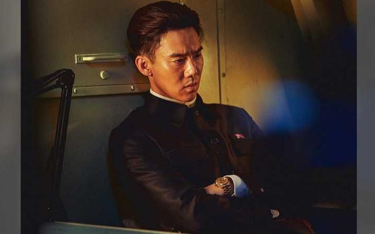 柳演錫扮「地表最狂」北韓領導人 朋友看完預告問:你有演嗎?
