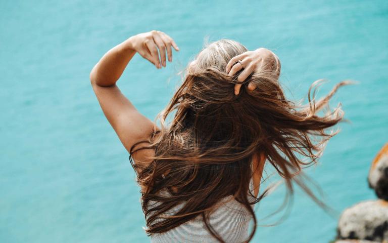 新年就是要換新髮色!盤點五種2021年必染顏色 水水們煥然一新時間到!