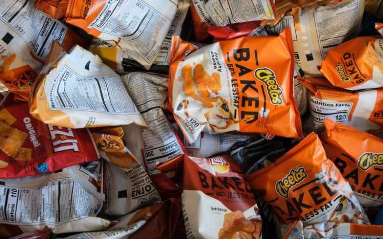 減肥不必餓肚子!十種低熱量零食,助你度過減肥地獄