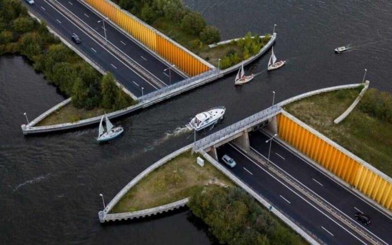是魔術嗎?車在水下、船在橋上!荷蘭Veluwemeer Aqueduct水橋