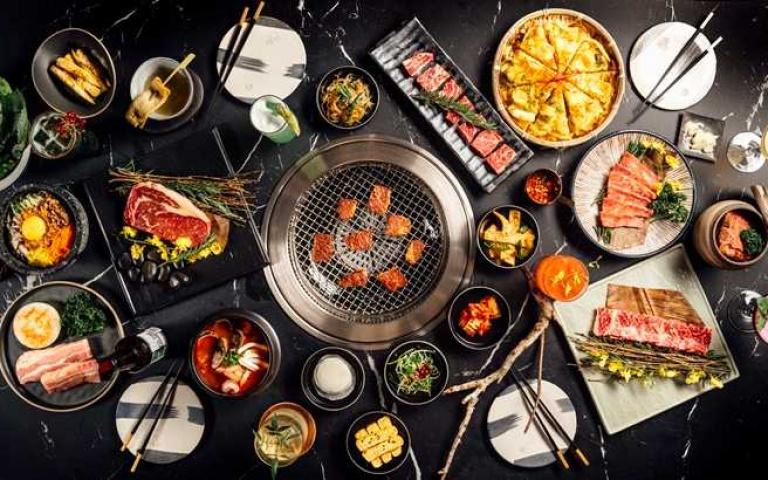 高空景觀餐廳又一家!信義區新開幕「韓式燒肉餐酒館」 打造「雞尾酒+燒肉」成亮點