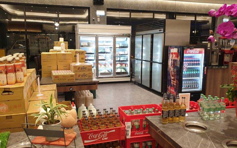 餐飲轉型求生存!火鍋店變超市 15間門市生鮮蔬果全都有