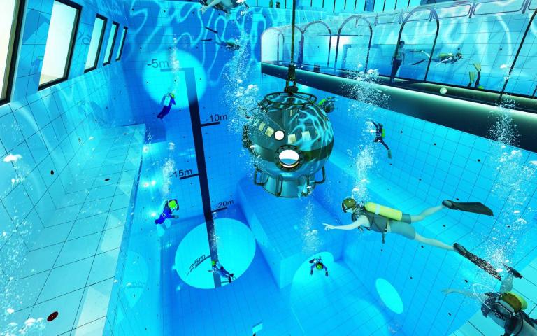 世界最深的游泳池波蘭開幕!深入地下15層安全潛水去