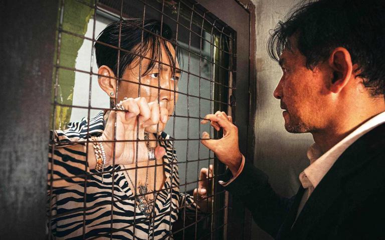 時隔7年再度合作黃晸玟 李政宰超殺紋身搞復仇