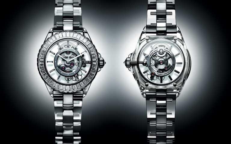 純淨無界穿透時限!香奈兒「J12」系列20周年新作 J12 X-RAY藍寶石水晶打造全透明錶藝