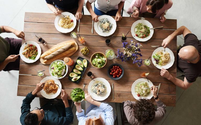 小心年後腫一圈沒人認出你!吃年夜飯必遵守的七件事 別讓自己成為「米其林寶寶」!