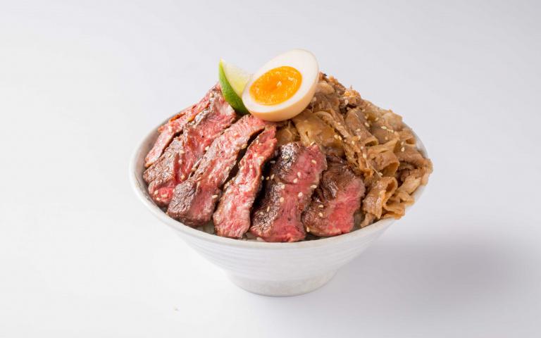 肉食控快過來!知名丼飯推「免費菜換肉」超狂優惠 升級成厚切牛排「只要39元」!
