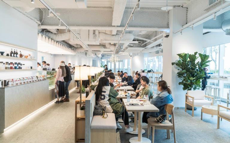 日本福岡冠軍咖啡「REC COFFEE」進駐台中 每天湧進近2百組客人朝聖