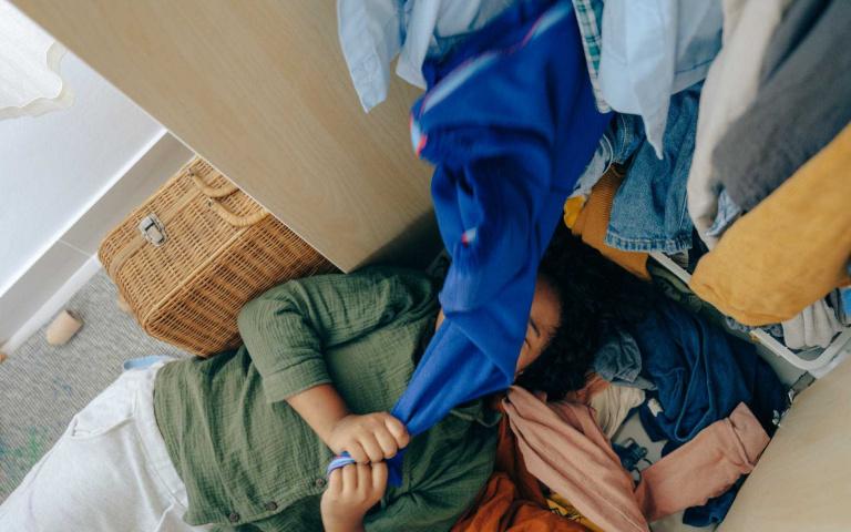 懶人換季第一步,靠這6招完成簡易衣櫃收納!