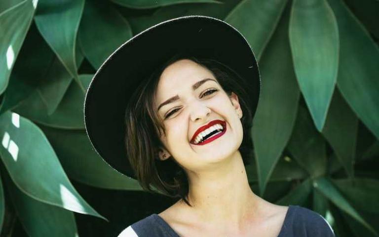 三步GET自信笑容,日常就可以做好的牙齒美白!