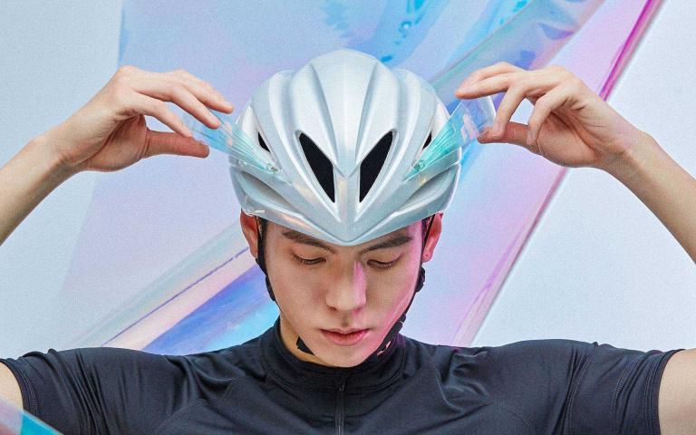 騎單車安全最重要 有形至極的自行車安全帽  Kplus helmet讓你品味安全兼具!