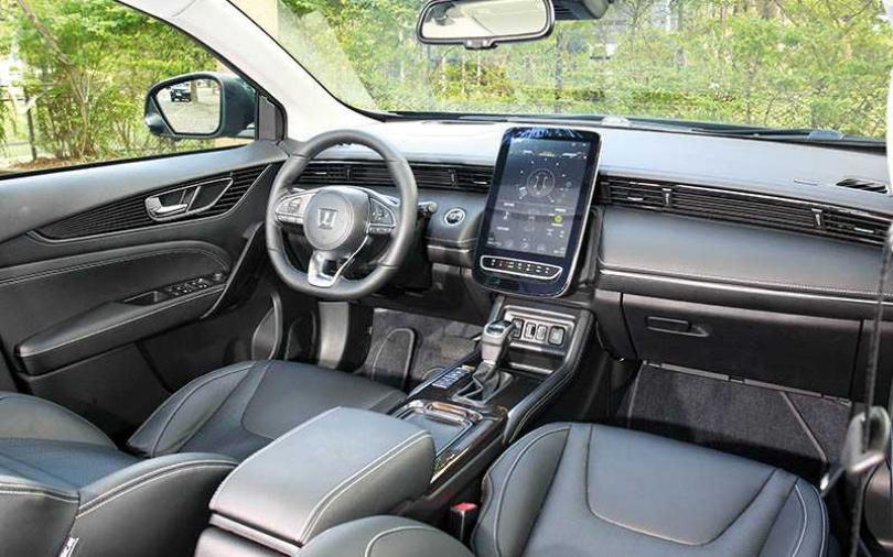 設計超前衛 這輛車沒有儀表板