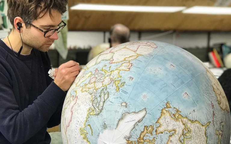 這你買得下去嗎?Bellerby & Co全手工製作地球儀,一顆200萬不是沒有原因的!