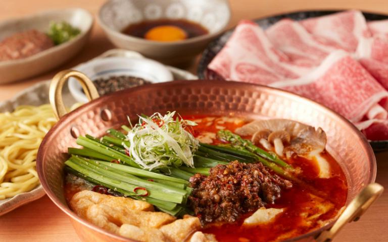 中日混搭首創「擔擔鍋」 重慶紅油底料結合日本擔擔味噌 香辣開胃