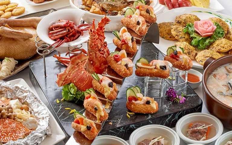一口氣吃遍廟口小吃!總鋪師推「廟口桌菜宴」,龍蝦三明治、干貝蚵嗲酥懷舊台味正夯