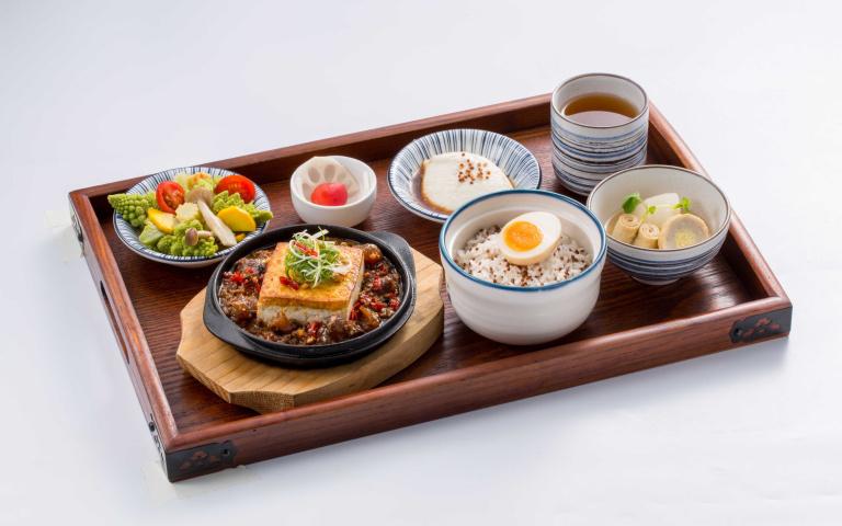 這3天只要10元銅板價!文青系「炊飯定食專門店」新開幕 48種吃法超心動啊