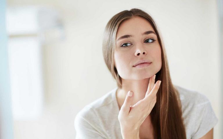台灣有七成女生都是敏弱肌!?當皮膚乾癢泛紅時 醫生提醒保養務必遵守這三大原則 才能有機會把膚況救回來!